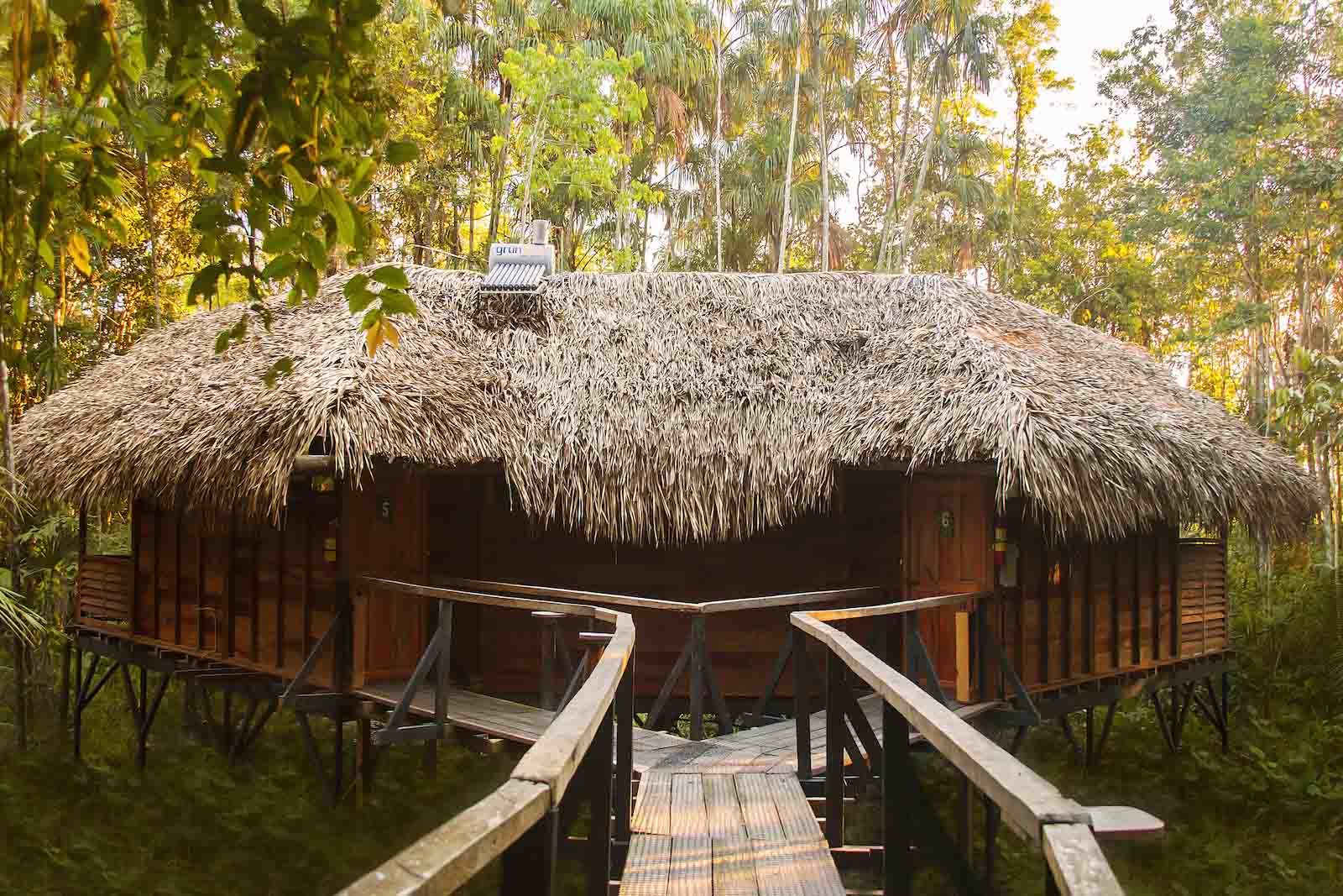 Hut Sacha Lodge - Lodges Ecuador