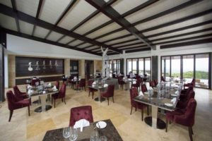Restaurant Pikaia Lodge - Lodges Ecuador